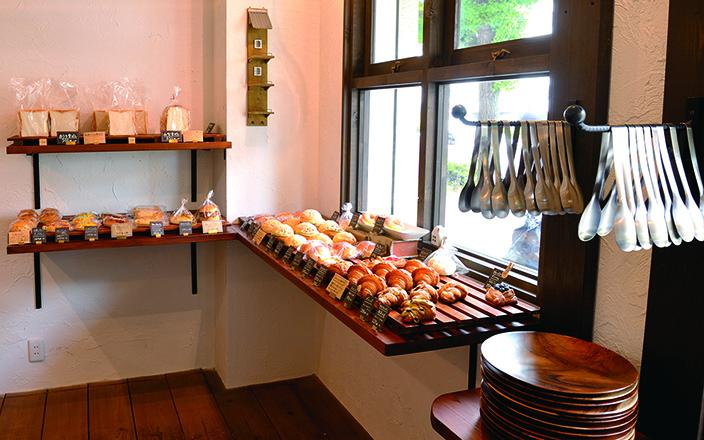 おうちパンの店内