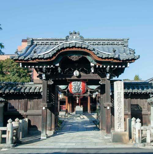 禅居庵の門構え画像