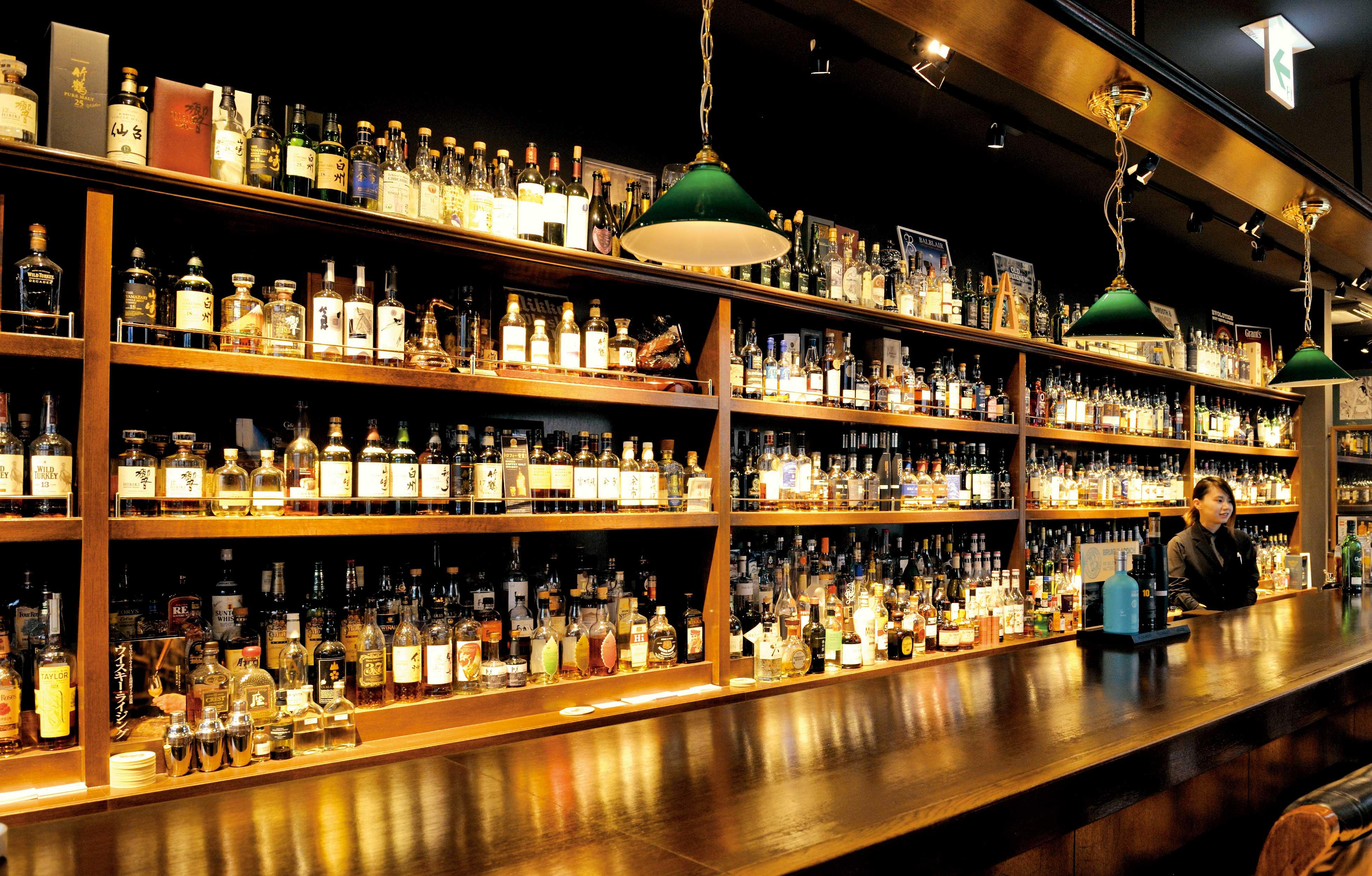 Annie Hall Barの店内