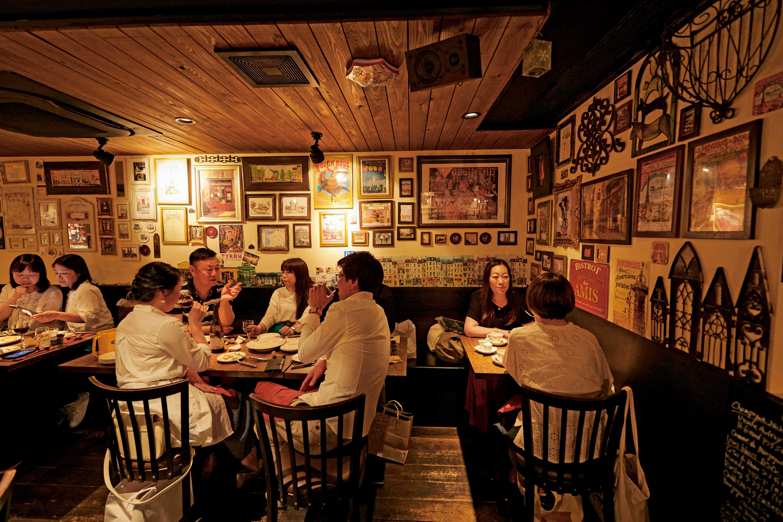 Café Bistrot AUX BONS MORCEAUXの店内