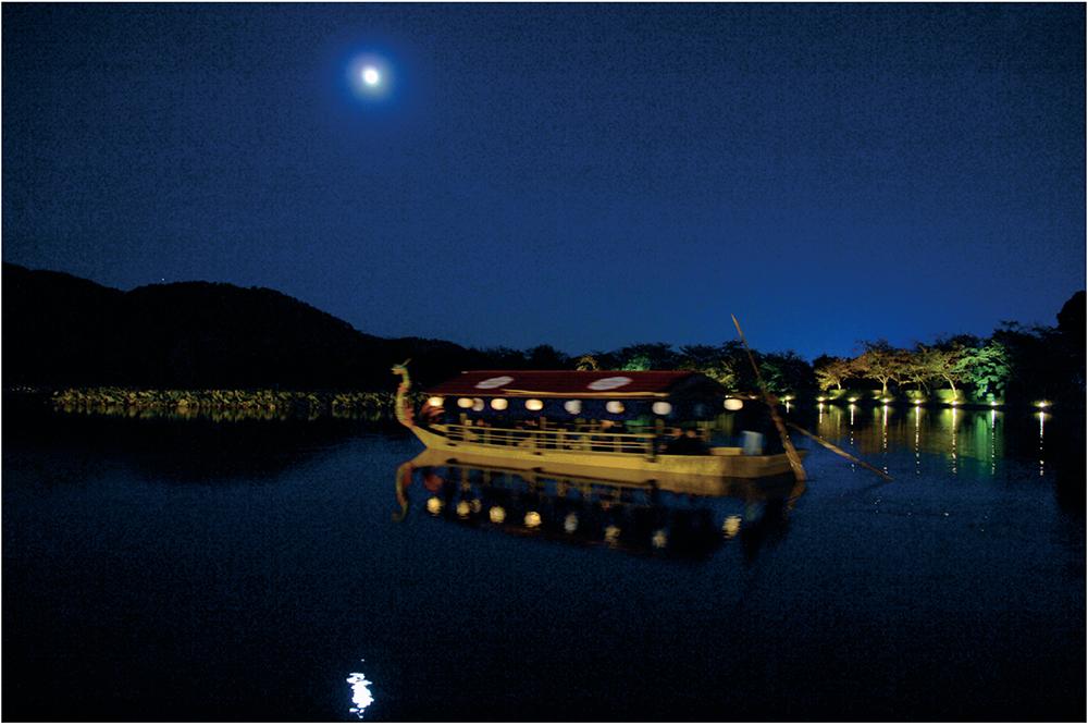 大覚寺の観月の夕べの写真