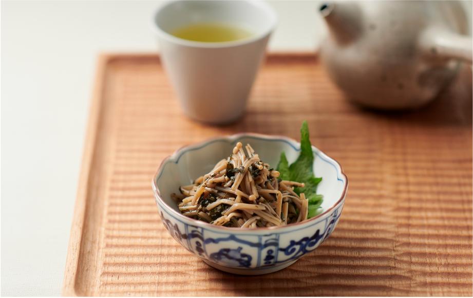 エノキと出がらし茶葉の佃煮