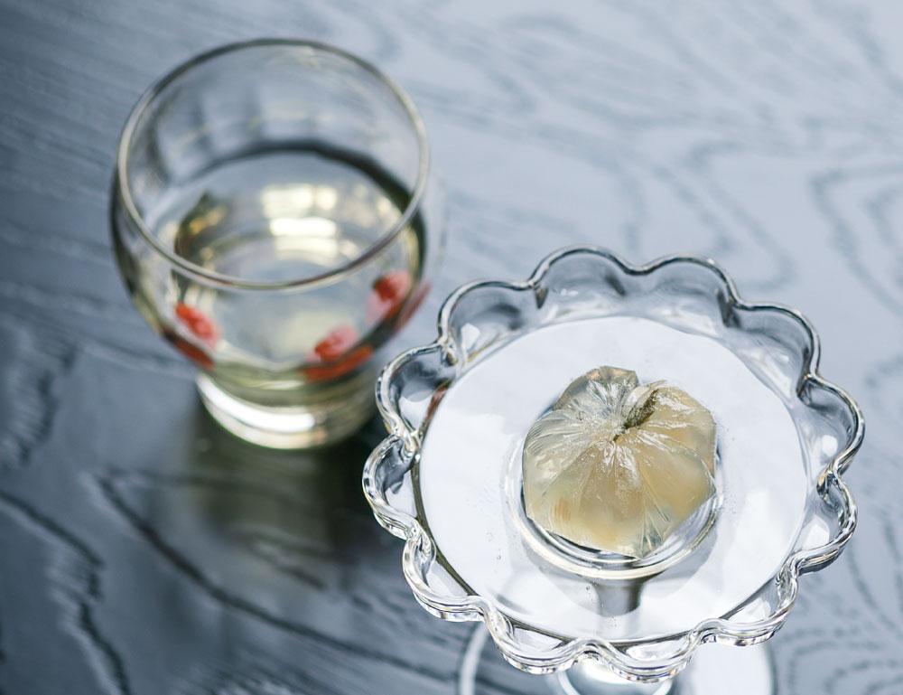 生琥珀と中国茶