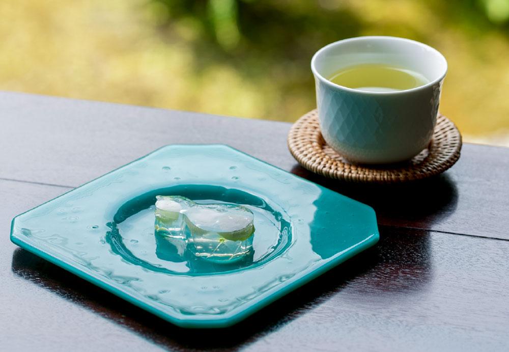 生琥珀と深蒸し茶